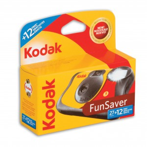 KODAK FUN SAVER FLASH CAMERA 27+12 ISO 800